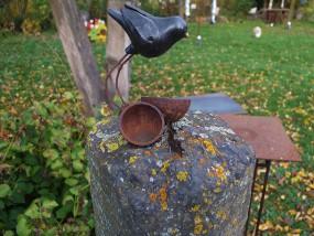 … Steinranker mit Keramikvogel - zum kaufen!