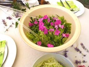 … und Blüten zur Deko – essbar!