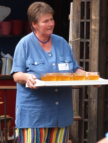 Zur Begrüßung Apfelsaft aus eigenem Anbau